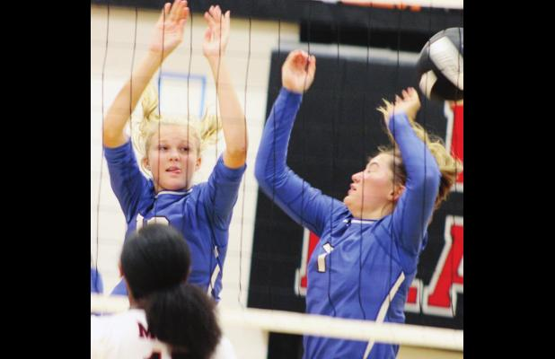 Lady Bulldogs rough up Mt. Calm in three sets